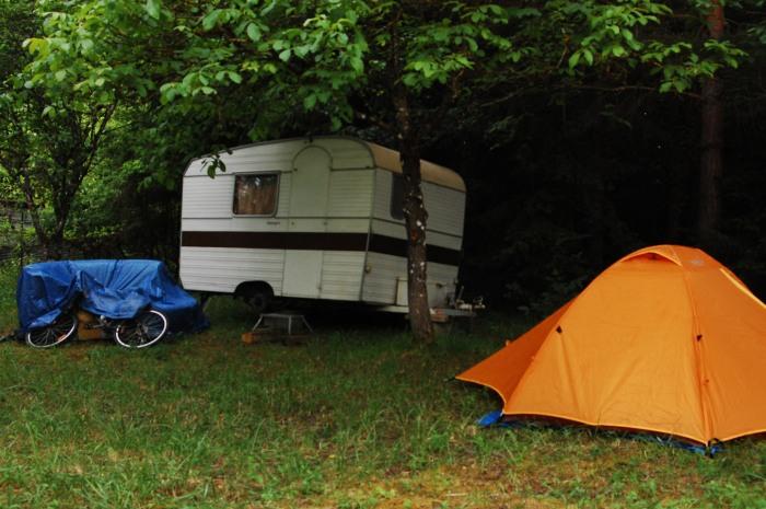 Vaucouleurs-tent