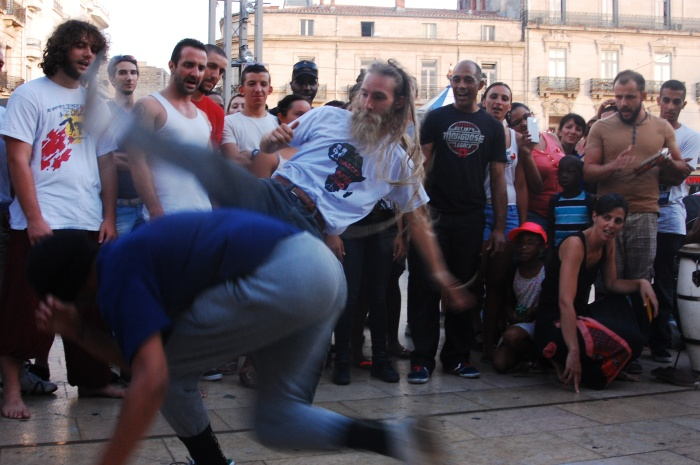 Somehow, I made it all back in one piece and still had time to go watch some capoeira in action!